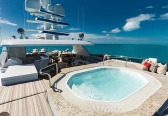superyacht dip pool on sundeck