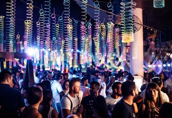 party-goers spill into Iris on Yas Marina during the Abu Dhabi Grand Prix