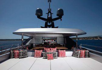 Charter Yacht SLIPSTREAM wins prestigious humanitarian award photo 3