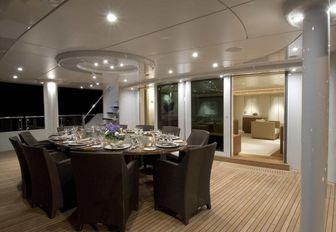 10 of the Best Yachts Set For South East Asia Charters in 2016 photo 51
