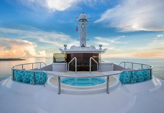 The sundeck Jacuzzi on offer with superyacht DREAM