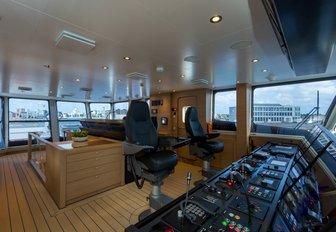 bridge on board support vessel Game Changer