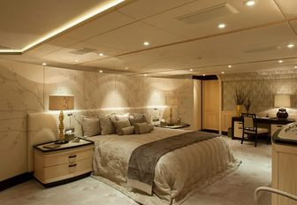 Light and airy cabin on superyacht Sea Rhapsody