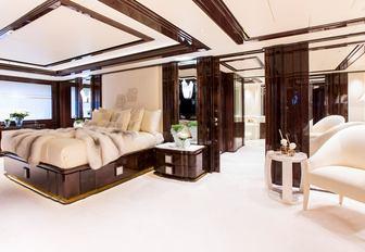 luxury yacht illusion v bedroom