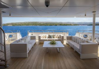 luxury yacht katina with superyacht toys