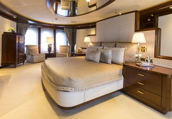full-beam classically styled master suite on board charter yacht 'Blue Moon'