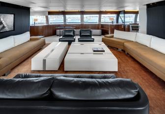 Charter A Luxury Yacht For Chinese New Year 2016 photo 8