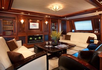 Art Deco-style main salon of luxury yacht TIARA
