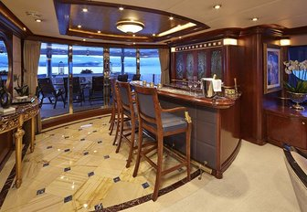 The bar featured on the main deck of charter yacht Zoom Zoom Zoom