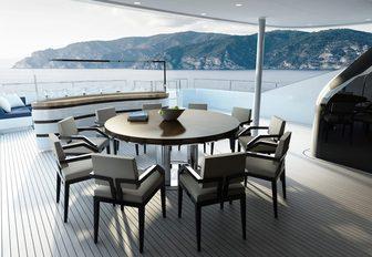 Dining on luxury superyacht SOARING
