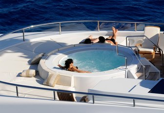 Jacuzzi and sun pads on charter yacht HARLE