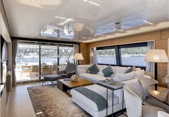 Master suite onboard MY Alegria II