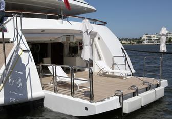 Superyachts Gather in Florida for the Palm Beach Boat Show 2017 photo 8