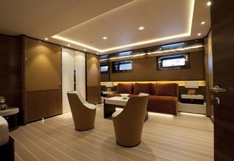 Social space for charter guests on FIDELIS