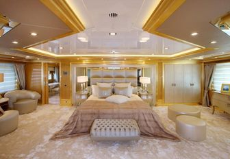 Benetti Charter Yacht 'Lady Luck' To Attend Fort Lauderdale International Boat Show 2016 photo 6