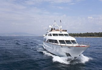 Charter Yachts Create A Buzz At Thailand Yacht Show 2016 photo 5
