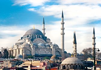 Suleymaniye Camii mosque in Istanbul is definitely a place to visit while on a luxury yacht charterin turkey