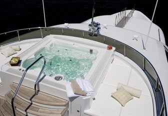 Jacuzzi on rented yacht for Below Deck