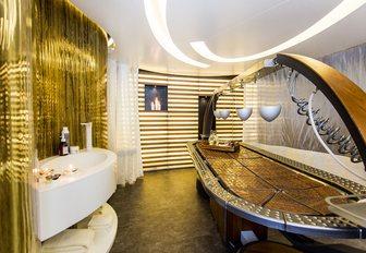 sparkling spa on board motor yacht SALUZI