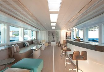 Interior bar and seating on luxury yacht Philmi