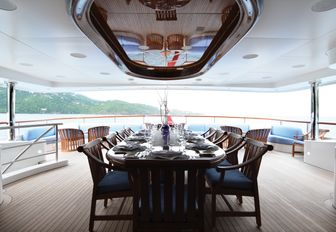 superyacht lady michelle's outdoor dining area