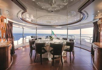 10 Of The Best Superyachts Available For Winter Holiday Charters photo 12