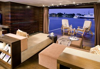 The top 5 must-see charter yachts at the Superyacht Show 2019 photo 16