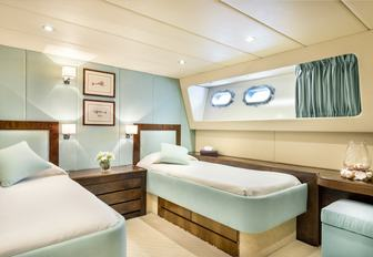 Twin room on-board luxury yacht ANTISAN