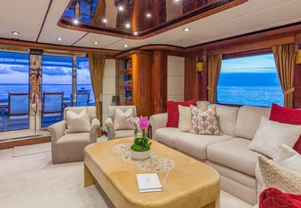 7 of the best superyachts still available for Thanksgiving 2019 yacht charters photo 6