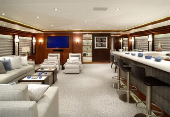 Superyacht ROCKSTAR Confirmed For Palm Beach Boat Show 2016 photo 7