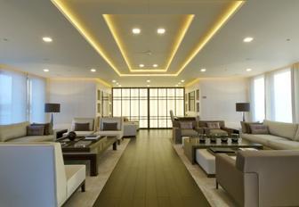 crisp, contemporary main salon on board luxury yacht SIREN