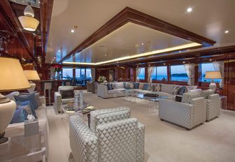 The elegant furnishings found on board motor yacht 'Double Down'