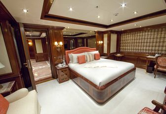 Charter Yacht TITANIA Reduces Weekly Base Rate For Winter Vacations photo 4