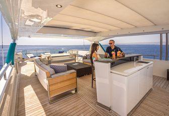 5 Must-See Charter Yachts At Yachts Miami Beach 2017 photo 17