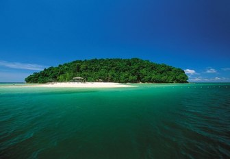 Why You Have To Charter A Superyacht In The Philippines photo 2