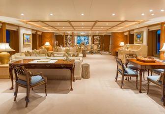 The main salon of superyacht CALLISTO