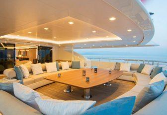 The exterior of superyacht O'PTASIA