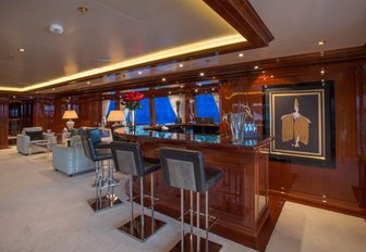 5 Top Charter Yachts To See At The Cannes Yachting Festival 2017 photo 4