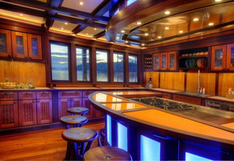 unique eat-in galley aboard luxury phinisi 'Dunia Baru'