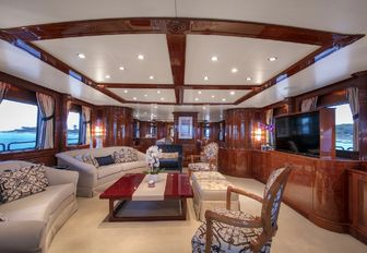 Superyacht DXB to charter in the West Mediterranean this summer photo 5