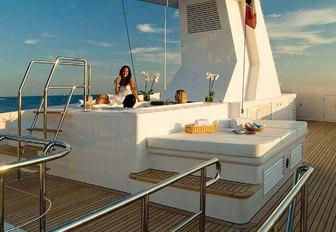 Couple in Jacuzzi on Illusion I yacht