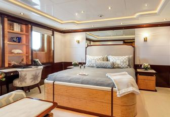 Unmissable special offer for Mediterranean yacht charters with superyacht 'Lady Luck' photo 8