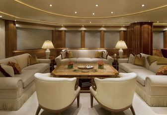 Superyacht HARMONY Offers 10% Reduction and Free Day for Caribbean Charters   photo 6