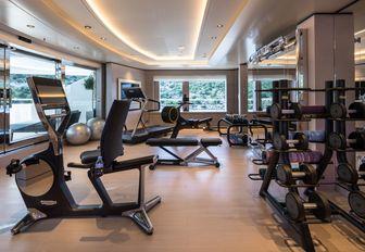 Gym on superyacht O'PARI