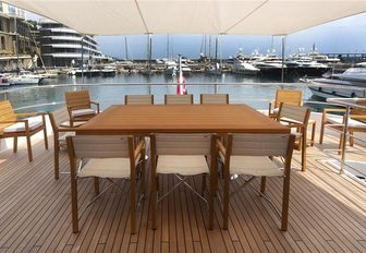 Superyacht GATSBY table outside on wooden decking