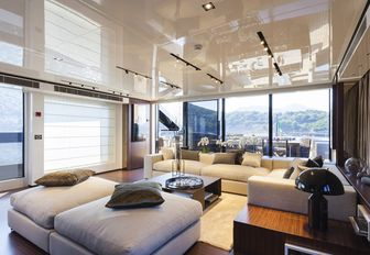 intimate skylounge with large windows on board motor yacht 'Lucky Me'