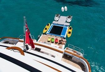 Award-Winning Charter Yacht 11-11 To Attend Yachts Miami Beach 2017 photo 2