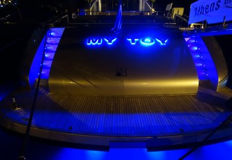 The stern of motor yacht 'My Toy'