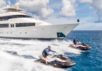 Yacht owners offering increased flexibility on new yacht charter bookings amid COVID-19 pandemic photo 15