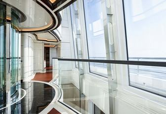 EXCELLENCE yacht curved glass and elevator
